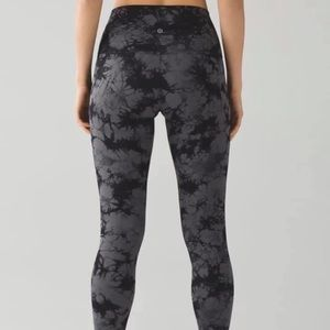 Lululemon Wonder Unders 28""